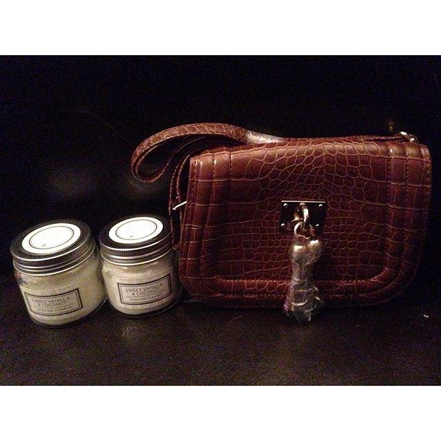 Instagram media acrazylady - Nieuwe tas en geurkaarsen #primark