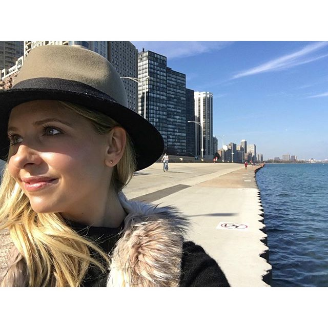 Instagram media sarahmgellar - Hello #chicago you are a beautiful city #blogherfood15 #foodstirs