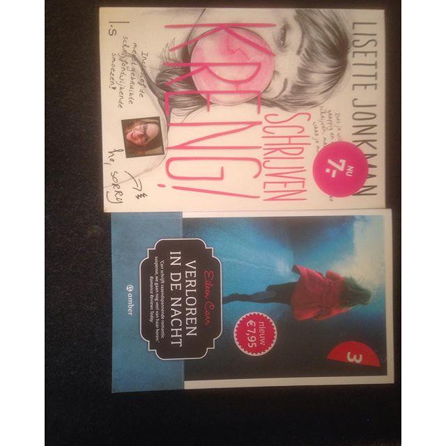 Instagram media acrazylady - Nieuw leesvoer. Ben vooral erg blij met het boek van @lis1988