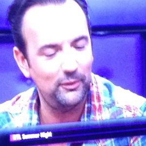 @lindangerous84 zet de tv ook op het goede moment op pauze #rtlsummernight @gerardekdom wel leuk om hem op de tv te zien