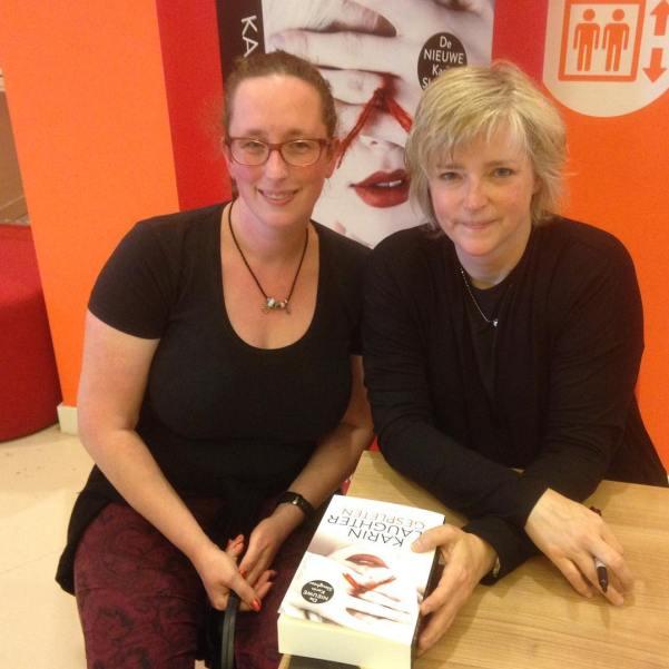 Ik heb Karin slaughter ontmoet vandaag. #fangirlmoment